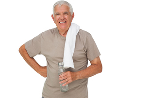 Portrait of a senior man with water bottleの写真素材 [FYI00001667]
