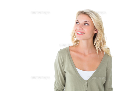 Pretty young blonde looking upの写真素材 [FYI00002883]
