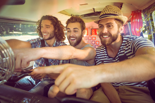 Hipster friends on road tripの写真素材 [FYI00005580]