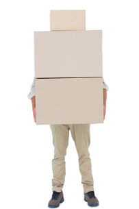 Courier man carrying cardboard boxesの写真素材 [FYI00006169]