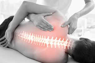 Highlighted spine of man at physiotherapyの写真素材 [FYI00006285]