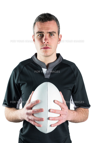 Rugby player holding a rugby ballの素材 [FYI00008636]