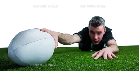A rugby player scoring a tryの写真素材 [FYI00008681]