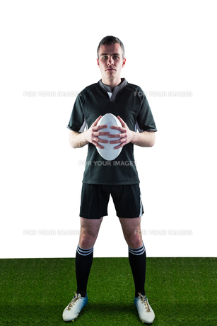 Rugby player holding a rugby ballの写真素材 [FYI00008693]