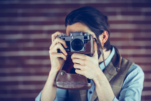 Hipster photographingの素材 [FYI00009685]