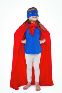 Masked girl pretending to be superheroの写真素材 [FYI00009872]
