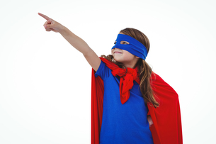 Masked girl pretending to be superheroの写真素材 [FYI00009882]