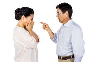 Older asian couple having an argumentの写真素材 [FYI00010148]