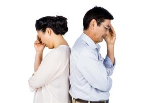Older asian couple having an argumentの写真素材 [FYI00010149]