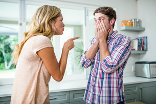 Upset couple having an argumentの写真素材 [FYI00010420]