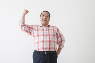 中年男性のポートレートの写真素材 [FYI00024002]