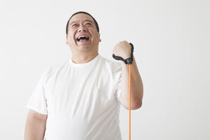 中年男性のダイエットの写真素材 [FYI00024007]