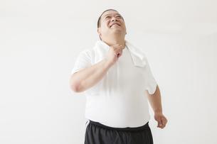 中年男性のダイエットの素材 [FYI00024020]