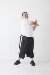 中年男性のダイエットの素材 [FYI00024024]