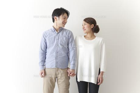 新婚のカップルの素材 [FYI00024284]