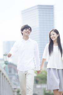 若い男女のカップルの素材 [FYI00024323]