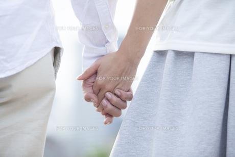 若い男女のカップルの素材 [FYI00024331]