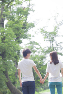 仲良しカップルの写真素材 [FYI00024432]