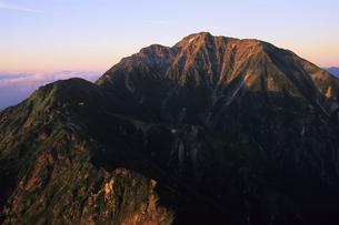 朝日の中の五竜岳、Takeshi Goryu in the morning sun,の写真素材 [FYI00024719]