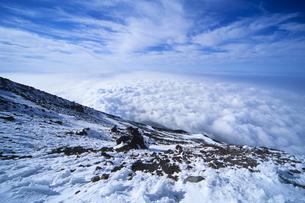 雪と雲海、Snow and sea of cloudsの写真素材 [FYI00024878]