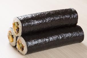 巻き寿司の写真素材 [FYI00026005]