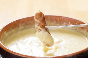チーズフォンデュの写真素材 [FYI00026465]