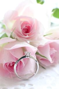 ダイヤモンドと薔薇の素材 [FYI00027003]