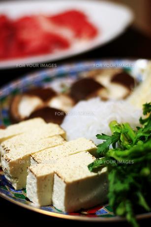 すき焼き用の焼き豆腐の写真素材 [FYI00027456]