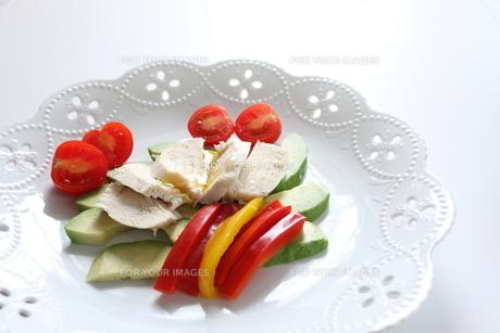 鶏肉のサラダの素材 [FYI00028306]