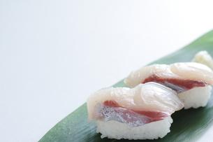 ブリのお寿司の素材 [FYI00028456]