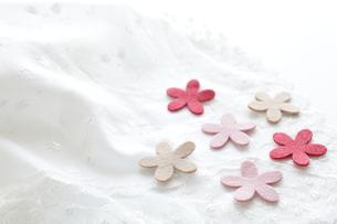 花型のフエルトの写真素材 [FYI00029412]