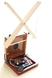 手作りトランジスタラジオの写真素材 [FYI00029563]