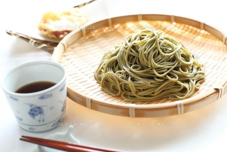 茶そばのざる蕎麦の素材 [FYI00029565]