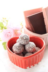 バレンタインチョコを作るの素材 [FYI00030213]