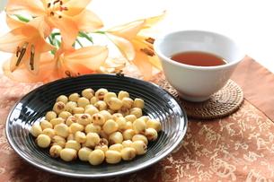 ハスの実の漢方茶の素材 [FYI00030321]