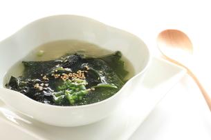 わかめスープの写真素材 [FYI00030712]