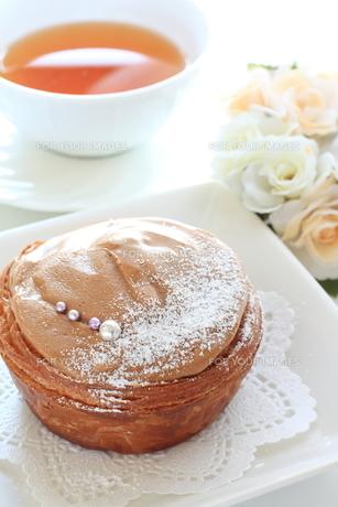キャラメルケーキの写真素材 [FYI00031414]