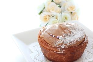 キャラメルケーキの写真素材 [FYI00031421]