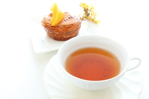紅茶とケーキの写真素材 [FYI00031484]