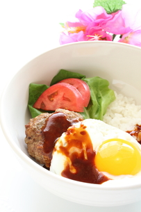ハワイアン料理のロコモコの写真素材 [FYI00031498]