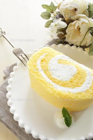 ロールケーキの写真素材 [FYI00031864]