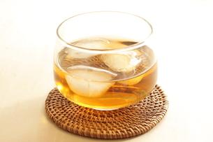 麦茶の写真素材 [FYI00031932]