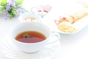 紅茶とミントの写真素材 [FYI00032059]