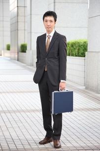 真顔のビジネスマンの写真素材 [FYI00032754]