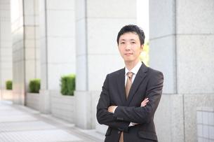 真顔のビジネスマンの写真素材 [FYI00032761]