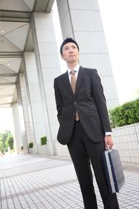 真顔のビジネスマンの写真素材 [FYI00032768]