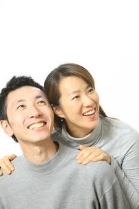 笑顔のカップルの写真素材 [FYI00032833]