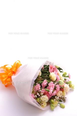花束の写真素材 [FYI00033402]