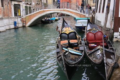 ヴェネツィアのゴンドラの写真素材 [FYI00034562]