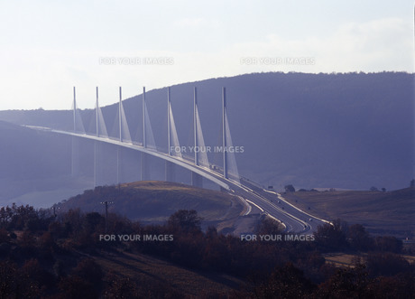ミヨー橋の写真素材 [FYI00035146]